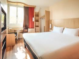 chambres d hotes chalons en chagne hotel in chalons en champagne ibis chalons en chagne