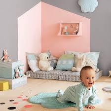 amenager un coin bebe dans la chambre des parents idées décorations emilie cerretti raph coin