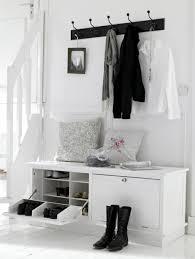 flur einrichten flur einrichten praktische möbel garderobenhaken flur