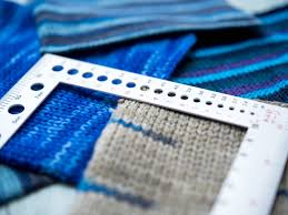 how to measure your gauge in knitting