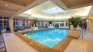 chambre d hotel disneyland pool at disneyland hotel disneyland