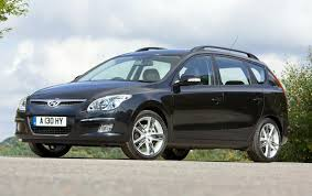 hyundai i30 estate review 2008 2012 parkers