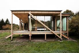 Low Cost Home Building Low Cost Low Impact Neiling Ii House Was Built Out Of Reclaimed