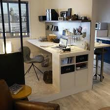 bureau avec rangement intégré bureau avec rangement ikea un bureau avec des rangements astucieux
