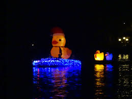 Lake Belton Christmas Lights by Canyon Lake Celebrates Annual Boat Parade Of Lights Menifee 24 7