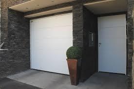 hormann sezionali portone da garage sezionale in acciaio lpu 40 grecatura by h纐rmann