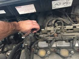 how to change the spark plugs in your 2004 2008 toyota sienna