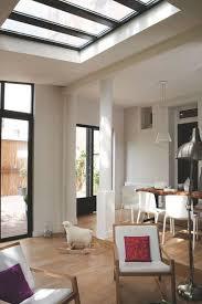 cuisine atelier d artiste idée relooking cuisine trois baies vitrées illuminent cette