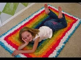 How To Make A Area Rug by How To Make A T Shirt Recycled Rug Youtube