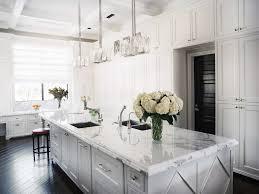 cuisine blanche classique design interieur cuisine blanche classique chic paln ilot