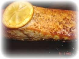 cuisiner pavé de saumon au four pavés de saumon tout simple au four recette ptitchef