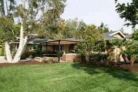 Easy Landscaping Ideas For Front Yard - america u0027s most desperate landscape diy