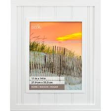 white beadboard home collection frame by studio decor