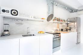 cuisine blanches 25 idées déco pour égayer une cuisine blanche femme actuelle