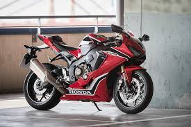 honda cbr rate in india new honda cbr1000rr fireblade launched in india at inr 17 61 lakh