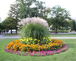 ways to get ideas about flower bed designs good landscaping design