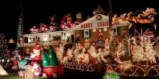 Australian House And Garden Christmas Decorations - 9 tacky christma decoration ruin holiday outdoor christmas