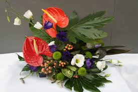 tips for using colour and texture in contemporary flower