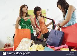 Schlafzimmerblick Wie Schminken Bag Bedroom Women Young Stockfotos U0026 Bag Bedroom Women Young