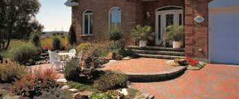 Beautiful Front Yard Landscaping - 7 smart tips for planning your front yard landscaping