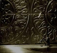 panneau relief mur crédence en métal repoussé dosseret decorateur paris