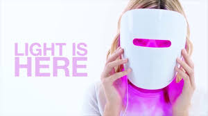 neutrogena face mask light meet the new neutrogena visibly clear light therapy acne mask youtube