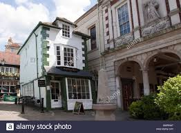 Crooked House Old Market Cross House The Crooked House Of Windsor Berkshire