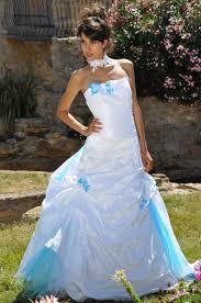 robe de mariã e bleue robes de mariée bleue idée mariage