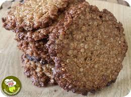 cuisiner le quinoa croustilles aux flocons de quinoa biscuits vegan