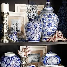 28 Light Blue And White Vignette Design Inspired By Blue And White Porcelain