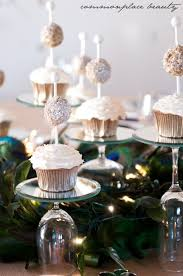 Cupcake Decorations For New Years by Best 25 New Year Celebration Ideas On Pinterest Chinese New