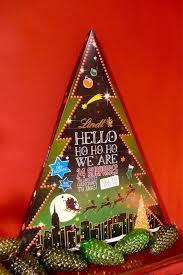 hello christmas tree cc s lifestyle lindt hello 2014