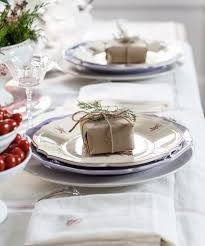 entertaining for christmas in red and white cedar hill farmhouse