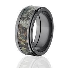 camo wedding rings for him and camouflage men s wedding ring unique men s wedding ring