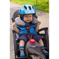 siège vélo pour bébé coussin protège cou enfant dans remorque et siège vélo