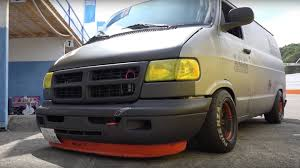 custom dodge vans s custom dodge racing vans are coolness the drive