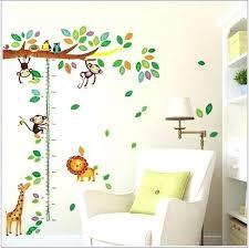 stickers décoration chambre bébé stickers deco chambre bebe bande dessinace girafe singe arbres