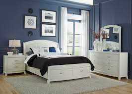 White Queen Platform Bed With Storage Buy Avalon Ii Queen Platform Bed By Liberty From Www Mmfurniture