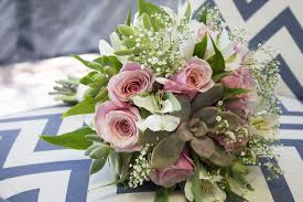 how to make a wedding bouquet how to make a succulent wedding bouquet in 9 easy steps tucson