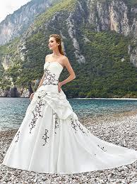 robes de mari e bordeaux robe de mariée hellebre robe de mariage bordeaux point mariage