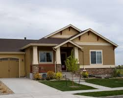 Ranch Style House Pictures by Exterior Ranch Style House With Boxwoods Decorating Ideas For A