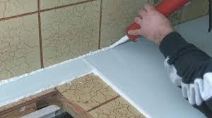 pose plan de travail cuisine plaque protection plan de travail cuisine cracdence en inox plan de
