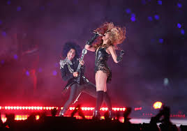thanksgiving halftime show super bowl halftime show 2016 everyone who u0027s performing from
