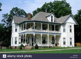 tennessee house victorian house circa 1900 in winchester tennessee stock photo