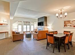 hôtels à mont tremblant hôtel homewood mont tremblant