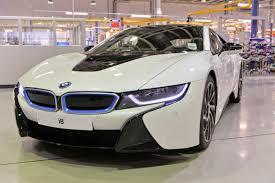 Bmw I8 Engine - uk power behind revolutionary new bmw i8 plug in hybrid sports car