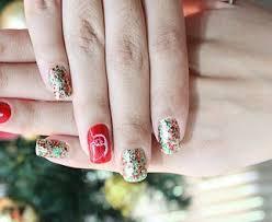 imagenes uñas para decorar ideas para decorar las uñas en navidad uncomo