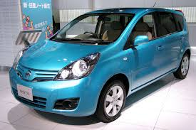 nissan note 2009 2009 nissan note e11 facelift hatchback pics specs and news