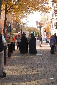 10 things to do in salem this halloween witch house witches and
