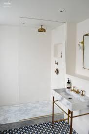 tadelakt in natural white in shower room alternative to using